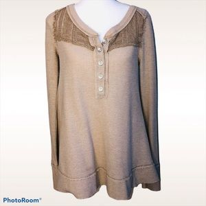 WE THE FREE PEOPLE TAN HENLEY S